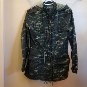 Aritzia Trooper Jacket